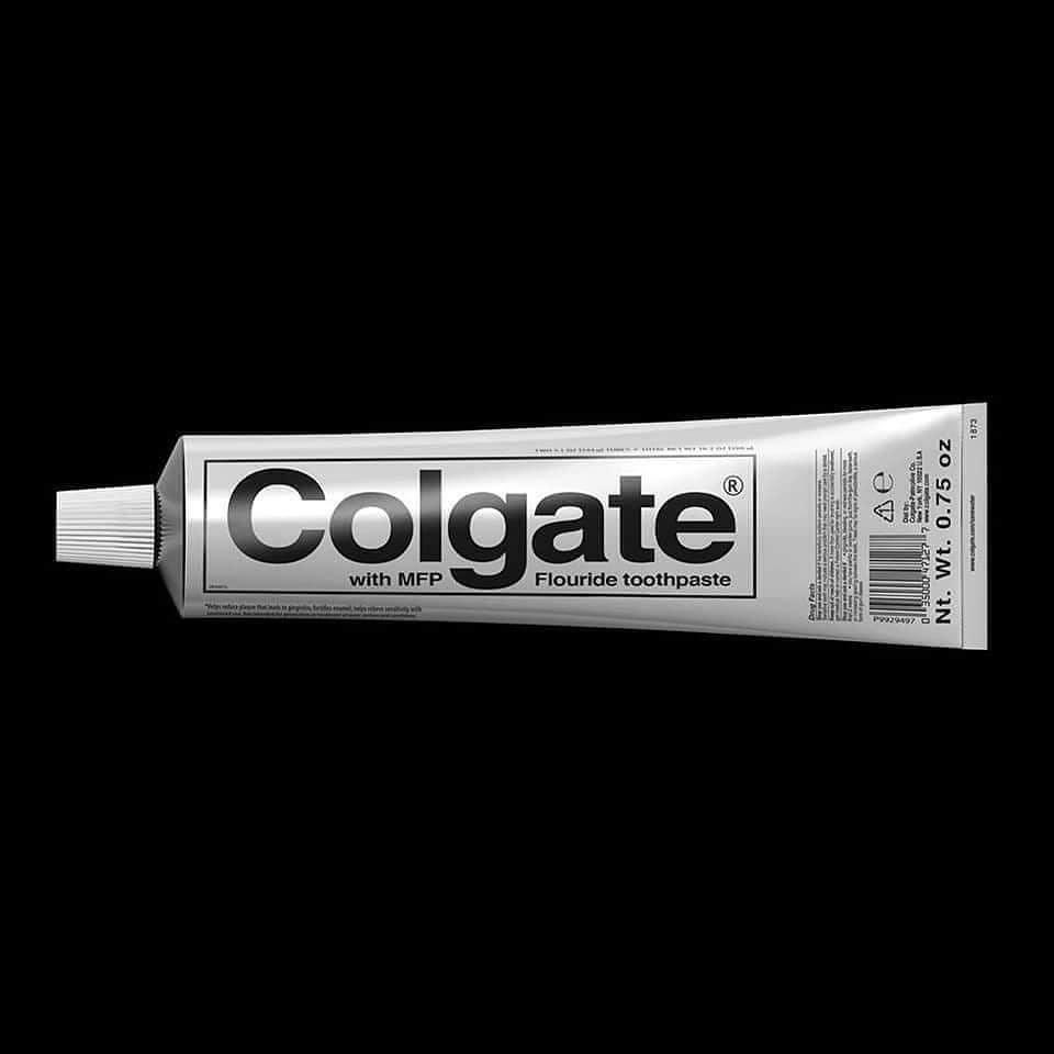 brutalismo colgate packaging